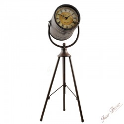 Desk clock • Telescope